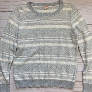 Mossimo Gray and White Knit Sweater Sz L